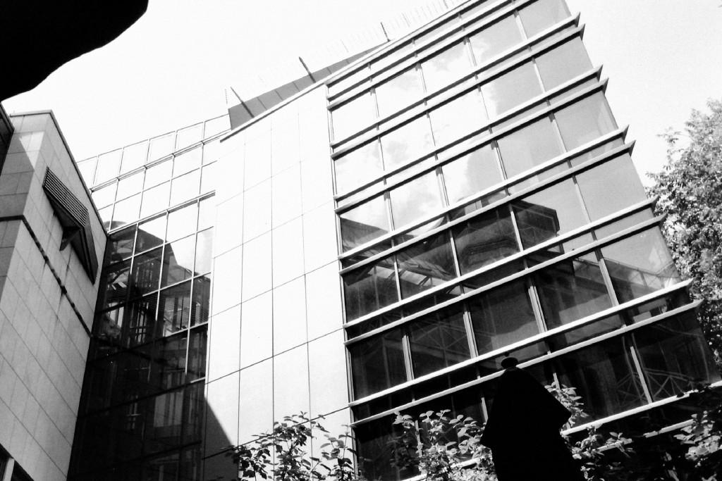 Spiegelungen in Stuttgart