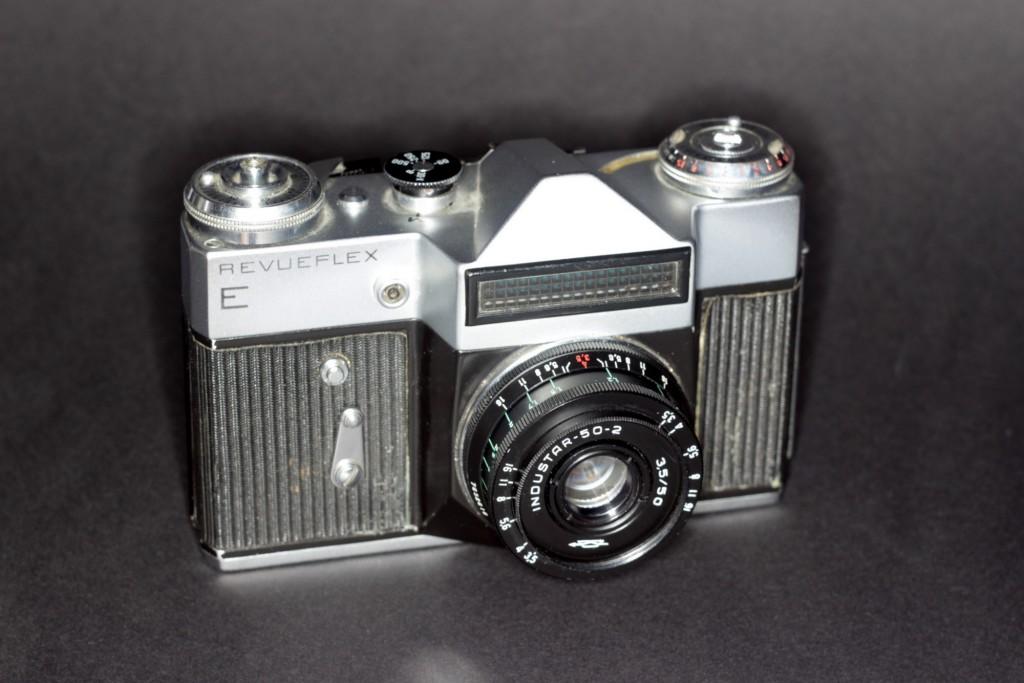 Revueflex E mit Industar 3,5/50mm