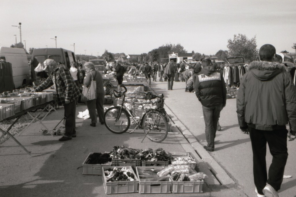 Flohmarkt am Bahnhof Kirchheim Teck