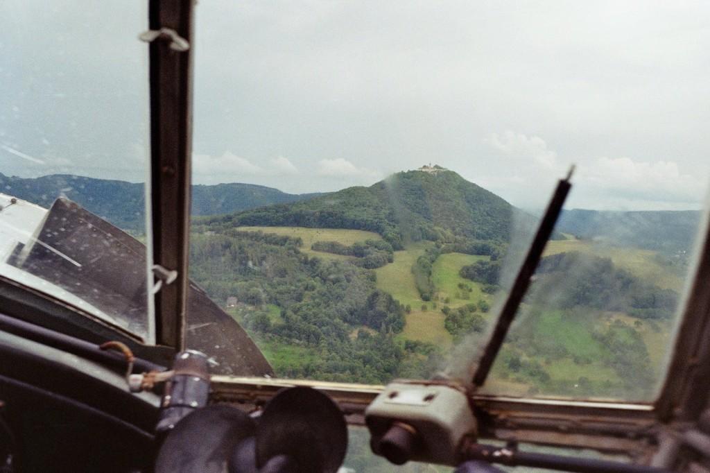 Vorbeiflug an der Burg Teck
