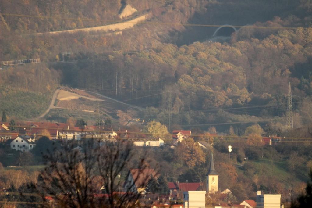 Die A8 am Aichelberg.